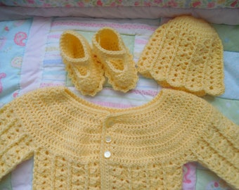 crochet baby sweater, baby sweater, baby sweater set, baby crochet sweater girl, baby gift, baby shower gift, 0-3 months yellow baby sweater