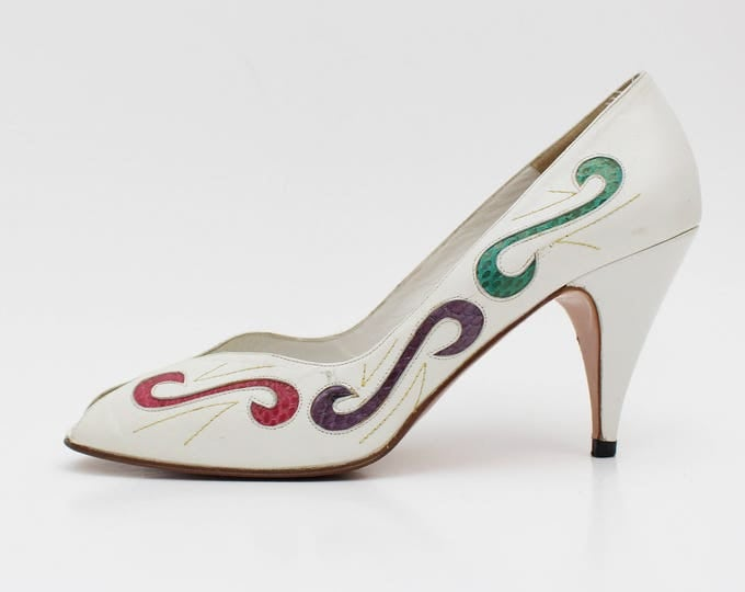 White Leather Peep Toe Shoes - Size 7 and Half - Vintage Swirl Design 1960s High Heels by Ingledews