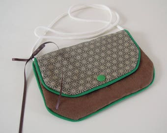 "Shoulder strap bag  "" Japanese stars, brown knot and green piping """