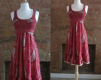 December Sale 1970s brick red paisley print smocked dress | 70's Folk Hippie Summer | XS to S
