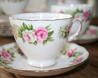 Colclough - English pink roses - bone china - teacup and saucer on elegant base