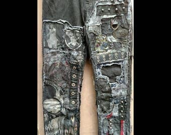 Black distressed skull flame jeans sz. 36x32