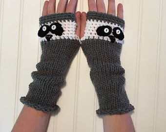 Raccoon Animal Mitts - Fingerless Gloves in Grey and White