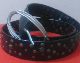 Belt for woman pure leather with rivets and stars
