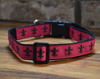 Fleur De Lis Dog Collar   Pink or Blue