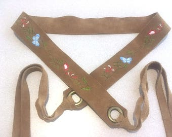 Vintage 70's Tan Suede Leather Embroidered Fringe Tie Belt, Suede Leather Belt with Embroidered Butterflies & Flowers Hippie Boho 70's Style