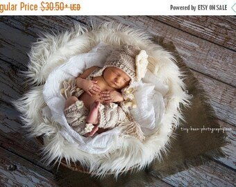 SALE 15% DISCOUNT Baby Girl Hat and Leg Warmers - Newborn Baby Girl Outfit - Photography Prop Baby Girl -Girl Coming Home Outfit- Baby Hospi