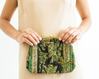 1940s vintage paisley quilted clutch bag