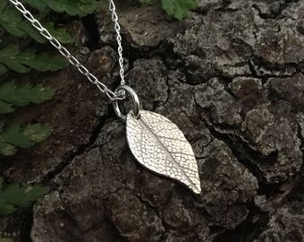 Silver leaf neckalce, leaf pendant, silver leaf jewellery, botanical jewellery, gift for her, gift for garden lover, teenage girl gift