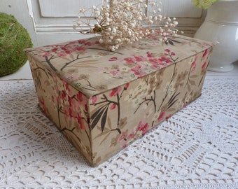 Antique french fabric covered box. Sewing notions. Embroidery box Button box. French cottage. Shabby fabric box. Ephemera box. Scrapbooking