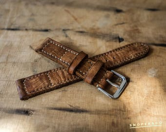Distressed leather watch strap with your initials // Handmade vintage watch band // Fast shipping // Personalized item // Fathers day