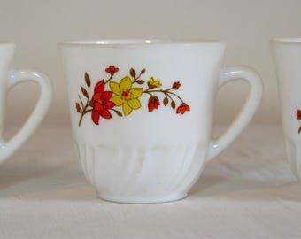 Set of 3 orange & yellow flower ARCOPAL milkglass espresso coffee cups - French 70s vintage