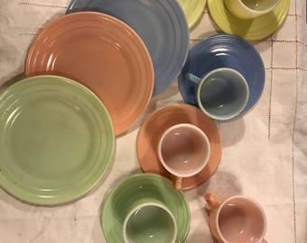 Vintage children's doll dishes/ great colors