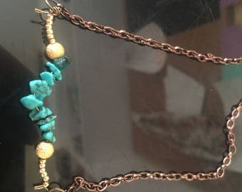 Turquoise Beaded Wire Necklace !!!!!