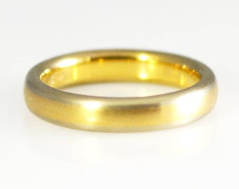14K Yellow and White Solid Gold Two Tone Satin/Brushed Band Size 7