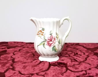 Royal Doulton CLOVELLY H4805 Transferware Cream Pitcher - Made in England presented by Donellensvintage