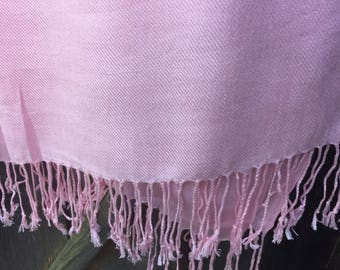 Soft mixed wool lifht pink shawl
