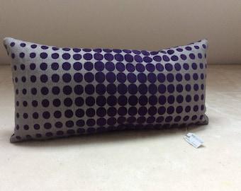 Pattern purple velvet cushion
