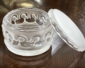 Lalique Canards Swans Dresser Box MINT condition