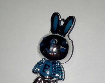 X 1 Rabbit 3D blue and silver letter B 35 mm