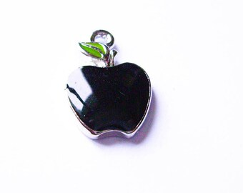 X 1 black enamel Apple 11X17mm