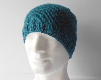 Green Beanie Hat. Skull Cap. Men's Beanie. Hand knit Hat for Men. Man's winter hat. Men's knit hat. Christmas Gift. Green Toque .