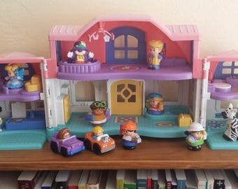 Fisher Price Little People Sweet Sounds Home makes a dozen different domestic noises -- and also makes a luxurious abode for Little People