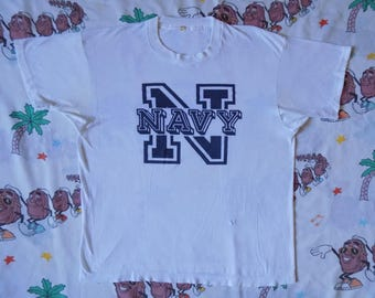 Vintage 80's Navy T shirt, size Medium soft and thin threadbare Screen Stars