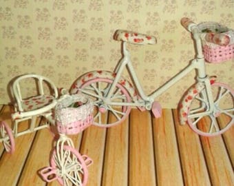 Dollhouse bicycle and tricycle  Esc 1:12