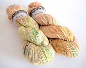 Sock Yarn Superwash Merino/Nylon 85/15 4ply Handdyed Yarn: PEACH PISTASHIO
