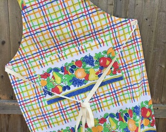 Handmade Vintage Apron, Upcycled Tablecloth