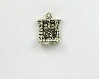 Sterling Silver Hearth with Stockings Charm