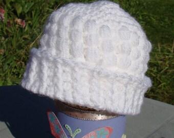 White Popcorn Stitch Hat - Newborn