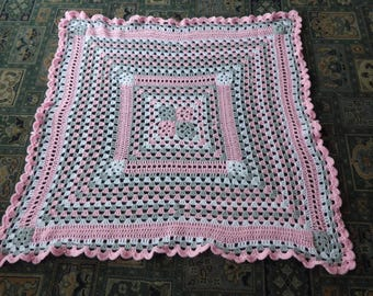 UNIQUE hand-crocheted granny stripe/square blanket in pink/grey and white