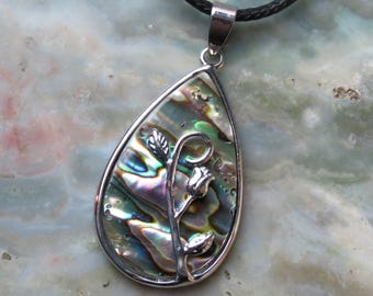 Abalone and Rose Healing Stone Necklace!