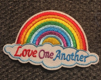 Love One Another Rainbow Patch (1) - fjallraven  hershel