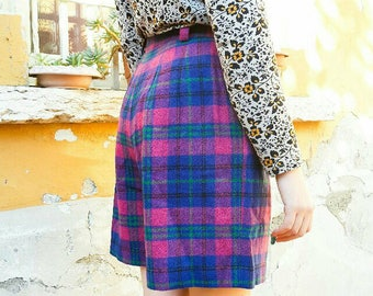 Vintage Purple wool plaid shorts