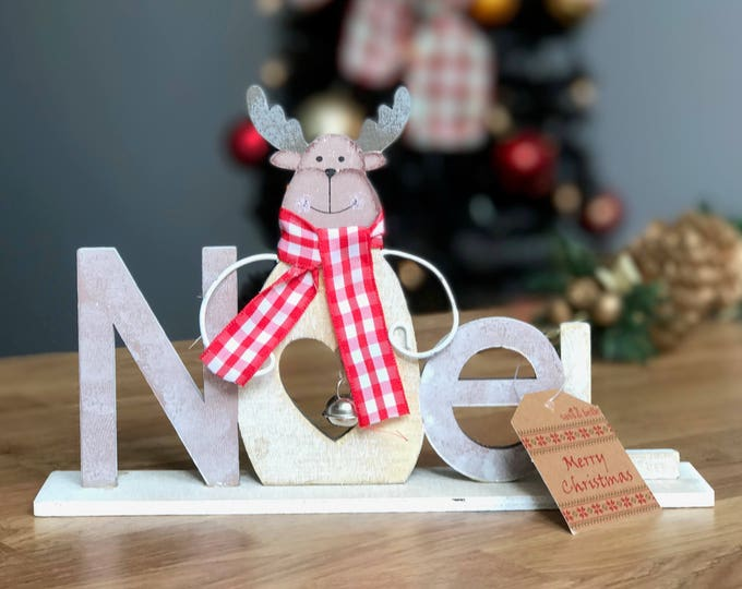 Rustic Wood Frosty Christmas - Noel, Xmas, Snow, Reindeer, Snowman or Santa Freestanding Sign Decoration