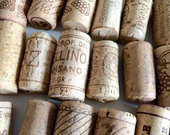 Italian Wine Corks, 50 Used all Natural Wine Corks, Craft Corks, Wedding Wine Corks, Wine Cork Supply, Wedding Decorations,Tappi di sughero