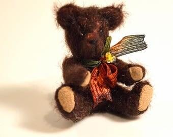 Miniature teddy bear, dollhouse teddy bear, artist bear, dollhouse accessory, Blythe doll accessory, tiny teddy bear, Eclectic Wandering