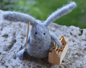 Builder Bunny Needle Felt, Handmade, Rabbit, Hare, Woodland, Needle felt,Animal ,Soft Sculpture, OOAK,Gardening,Miniature, Gift, For Dad