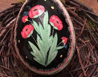 Poppies Pysanka on Turkey Egg by The Pysanky Nest