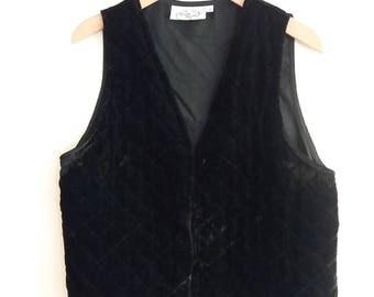 Vintage Women's Black Velvet Vest Size Medium