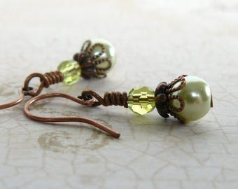 Small Light Green Pearl Earrings, Pale Green Pearl Dangles, Lime Glass Pearl and Crystal Beaded Earrings, Vintage Style Jewelry