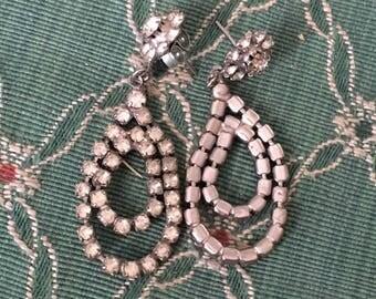 Retro dangle rhinestone earrings