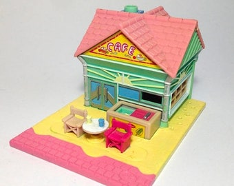 "ON SALE Polly pocket ""Beach Cafe"""
