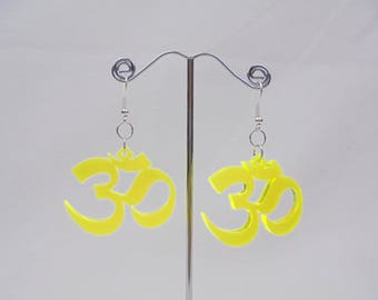 Earrings OM Acrylic 3,9 x 3 cm