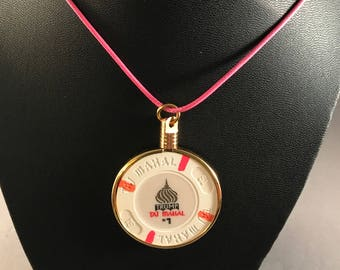 Up-cycled Casino poker chip necklace - Trump's Taj Mahal  Casino chip