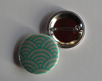 Paper Japanese waves sea green 38mm badge.