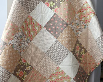 Rustic Quilt, Rustic Floral Quilt, Beige Patchwork, Beige Quilt, Patchwork Quilt, Homemade Quilts, Rustic Wedding Gift, Rustic Throw Blanket